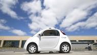 Google testet bereits ein selbstfahrendes Auto in Kalifornien.