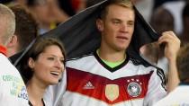 Manuel Neuer und Kathrin Gilch haben noch in Rio de Janeiro gemeinsam den WM-Sieg gefeiert.