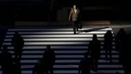 Geschäftsleute in Tokio: Der starke Yen bedroht die Abenomics.