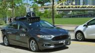 Der Fahrdient Uber bekommt nun Konkurrenz von Google.