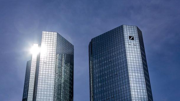 Deutsche Bank bleibt in der Verlustzone