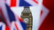 """Die berühmte Uhr """"Big Ben"""" in London: Die Zeit für den Brexit läuft."""