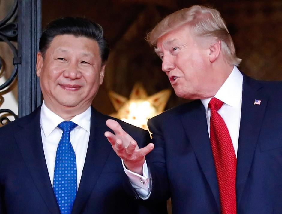 Donald Trump mit dem chinesischen Präsidenten Xi Jinping im Frühjahr 2017 in Palm Beach