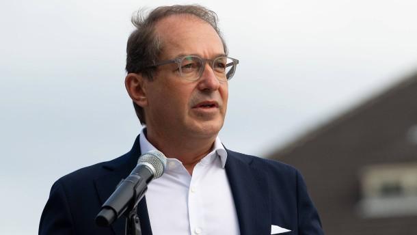 CSU fordert zehn Milliarden Euro mehr für Batteriezellproduktion