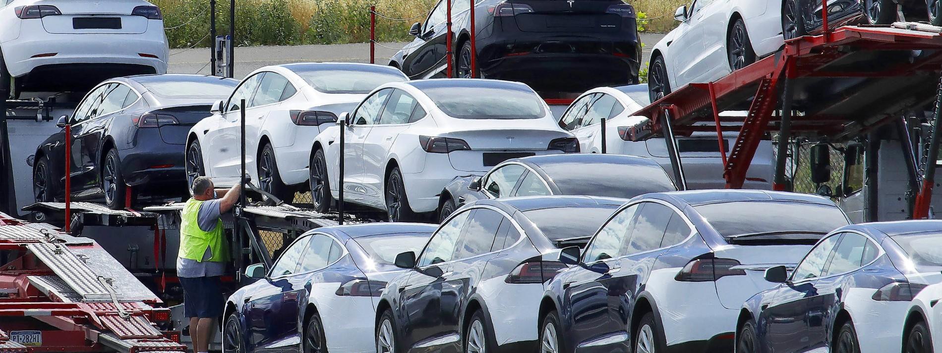 Wenn Autohersteller ihre weiße Weste versilbern