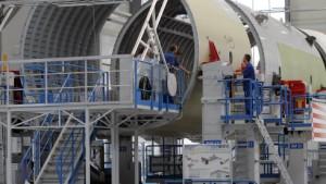 Verspätungen bei Militärflieger - Milliardenkosten bei Airbus