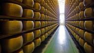 Parmesan-Käse wird für amerikanische Verbraucher deutlich teurer.