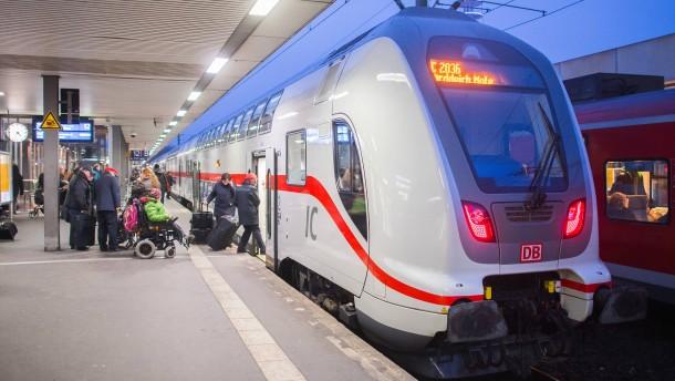 Der Kundenansturm wächst, aber Züge fehlen