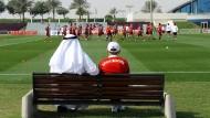 Deutsche Fußballclubs und Scheichs - es gibt Bestrebungen, sie zusammenzubringen.