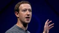 Facebook-Chef Mark Zuckerberg: Auch sein Unternehmen nahm May in die Pflicht.