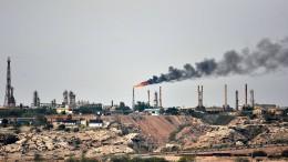 Wohin verschwindet Irans Öl?