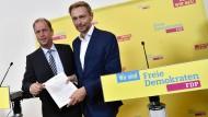 Präsentieren ihr Eckpunkteprogramm: Joachim Stamp und Christian Lindner (beide FDP)