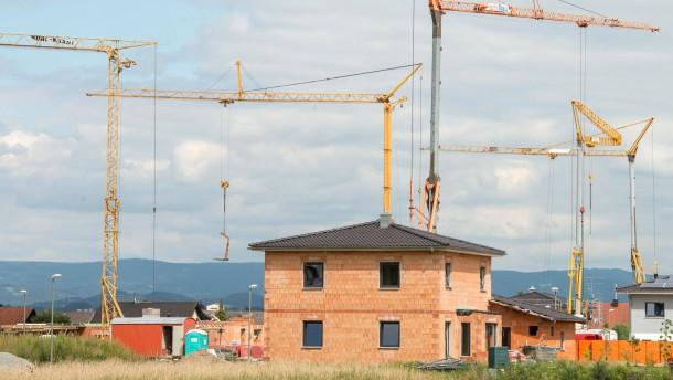 Baugenehmigungen für Wohnungen auf 10-Jahres-Hoch