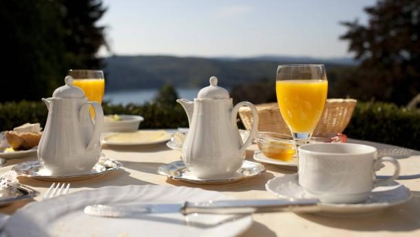 Keine ermäßigte Steuer für Hotelfrühstück