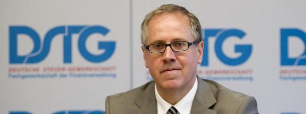 Thomas Eigenthaler ist Vorsitzender der Deutschen Steuer-Gewerkschaft.