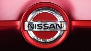 Nissan räumt Fehler in Abgastests ein – Aktie sackt ab