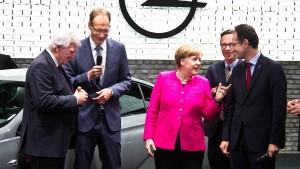 Merkel mit Samthandschuhen