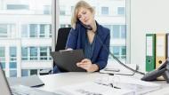Bürojobs sind beliebt und es lässt sich dort gutes Geld verdienen.