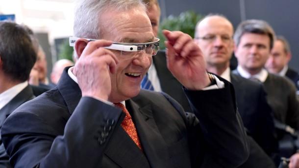 Volkswagen testet Datenbrille für Logistik-Mitarbeiter