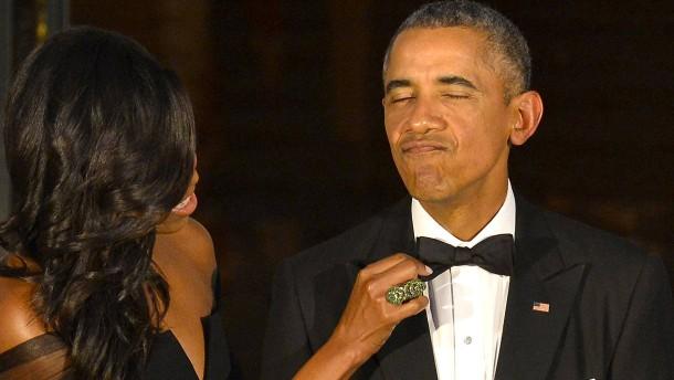 Die Obamas bekommen wohl 60 Millionen für ihre Memoiren