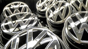CDU-Politiker: VW soll Boni wegen Abgasaffäre zurückfordern