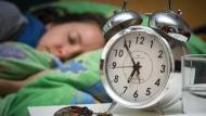 Ein guter Nachtschlaf ist auch gut für die Arbeitsleistung. In Amerika setzt sich diese Erkenntnis offenbar immer mehr durch.
