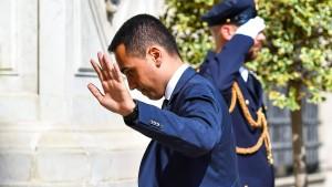 Vielleicht halten wir die Defizitgrenze nicht ein, sagt Italiens Di Maio
