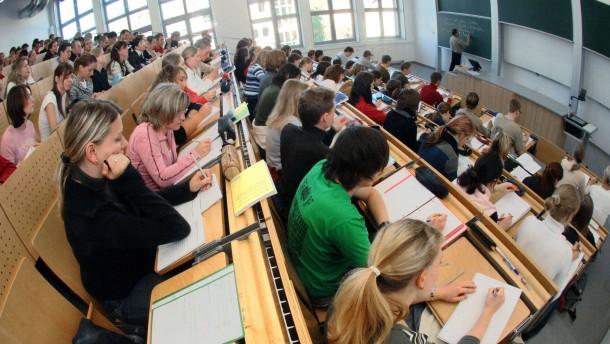 Studienanfänger stürmen Thüringer Hochschulen
