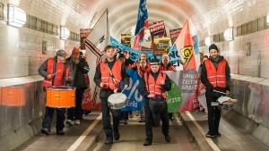 Verhandeln bis Samstagmittag – sonst Streik