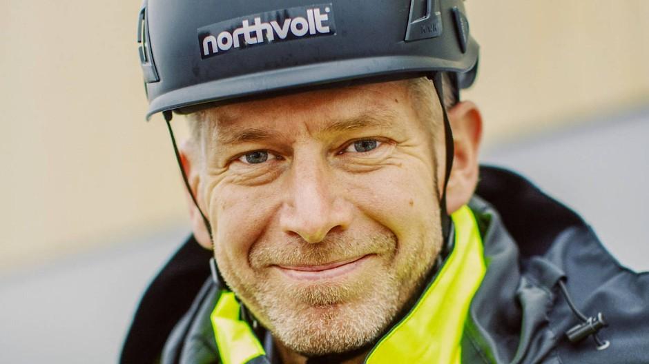 Peter Carlsson auf der Baustelle der Northvolt-Batteriefabrik