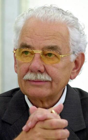 und <b>Nikolaus Knauf</b> - und-nikolaus-knauf