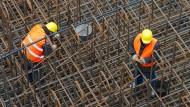 Leiharbeiter sind deutlich länger krank als Festangestellte