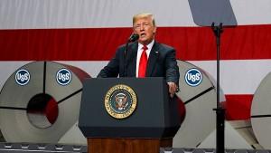 """Trump handelt """"Desaster"""" neu aus – und will anderen Namen"""