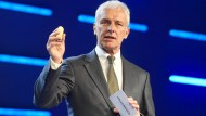 VW-Chef Müller kanzelt Porsche-Betriebsratschef Hück ab