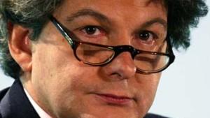 Chef von France Telecom neuer Finanzminister Frankreichs