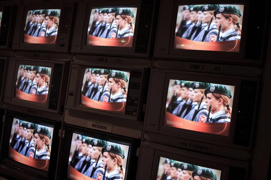 Bundeswehr-TV: Teil-Outsourcing statt Privatisierung total