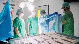 Kliniken müssen auf Ärzte als freie Mitarbeiter verzichten