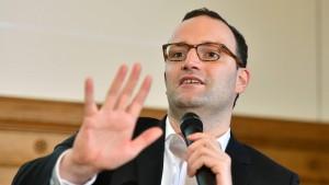 Finanzamt ermittelte gegen Spahns Steuer-Start-up