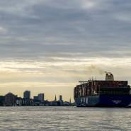 Der deutsche Export ist in der Corona-Krise um rund ein Drittel eingebrochen.