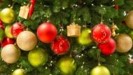 Abschalten unterm Weihnachtsbaum - das tun offenbar nur wenige.