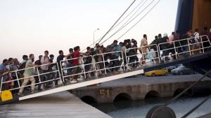 EU-Investitionsbank verspricht Kredite gegen Flüchtlingselend