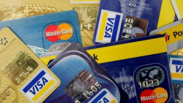 In Europa weitet sich der Kreditkartenrückruf aus