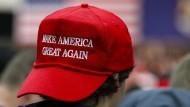 """Dem robusten Arbeitsmarkt zum Trotz: der Präsidentschaftsbewerber Donald Trump hat viele Wähler, die sich wünschen, dass er Amerika wieder """"great"""" macht."""