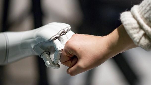 Unternehmen zögern noch mit Künstlicher Intelligenz