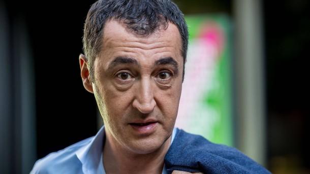 Özdemir will Geländewagen bestrafen