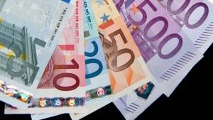 Gehälter könnten 2014 kräftig steigen