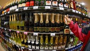 Alkohol bringt mehr Übergewicht als Cola