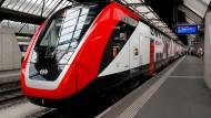 Ein Bombardier-Zug im Hauptbahnhof von Zürich