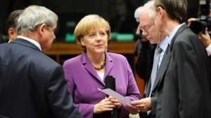 Merkel: Rat arbeitet als Wirtschaftsregierung