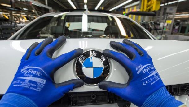 BMW verdient mehr